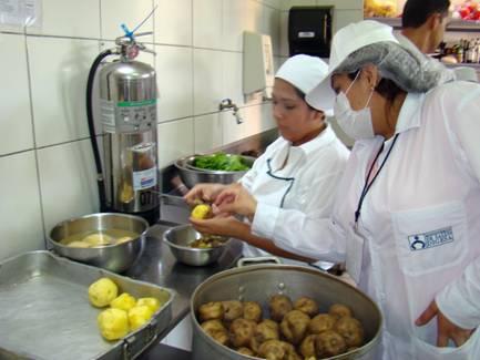 Dictan cursos de manipulaci n de alimentos salta fm 89 for Buenas practicas de manipulacion de alimentos