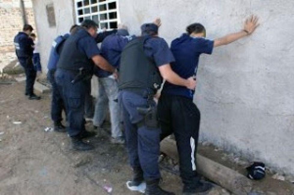 Violencia sin límites: más de 300 policías heridos en lo que va del año