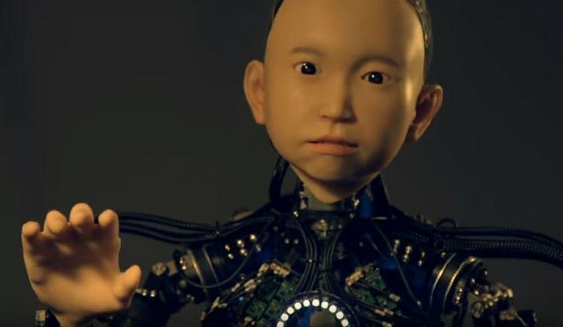 Crearon a Ibuki, el niño robot