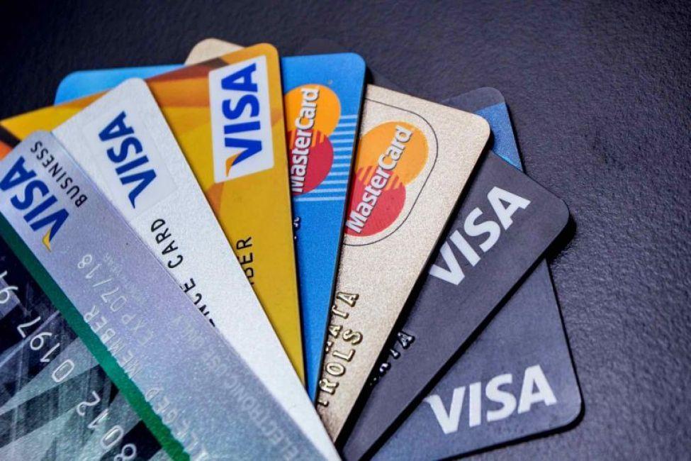 PESCE pidió a BANCOS profundizar la baja de tasas en los préstamos