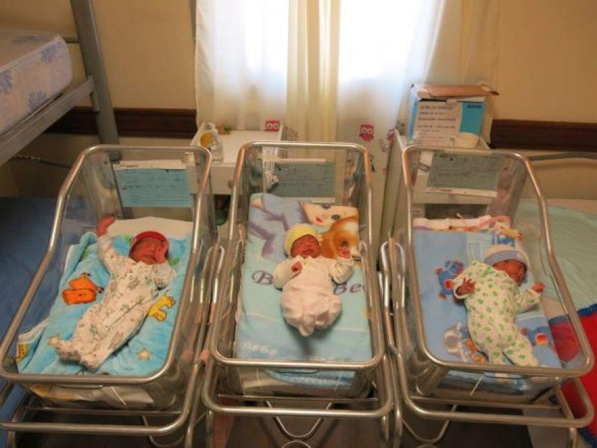 Si mi bebé nace en cuarentena, ¿cómo hago su DNI?