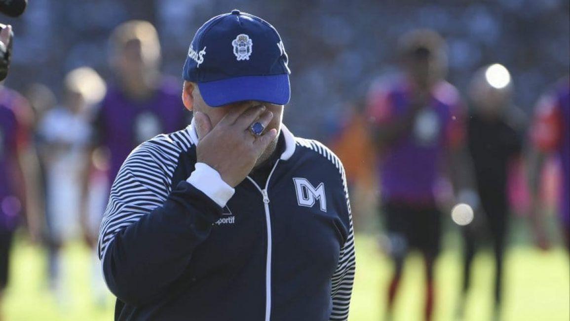 El entorno de Maradona duda su continuidad en Gimnasia