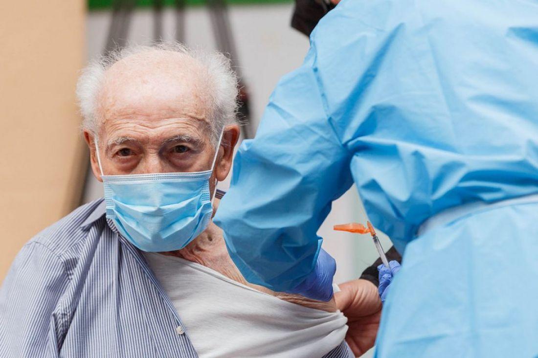 Muy poca gente de más de sesenta años se anotó para vacunarse