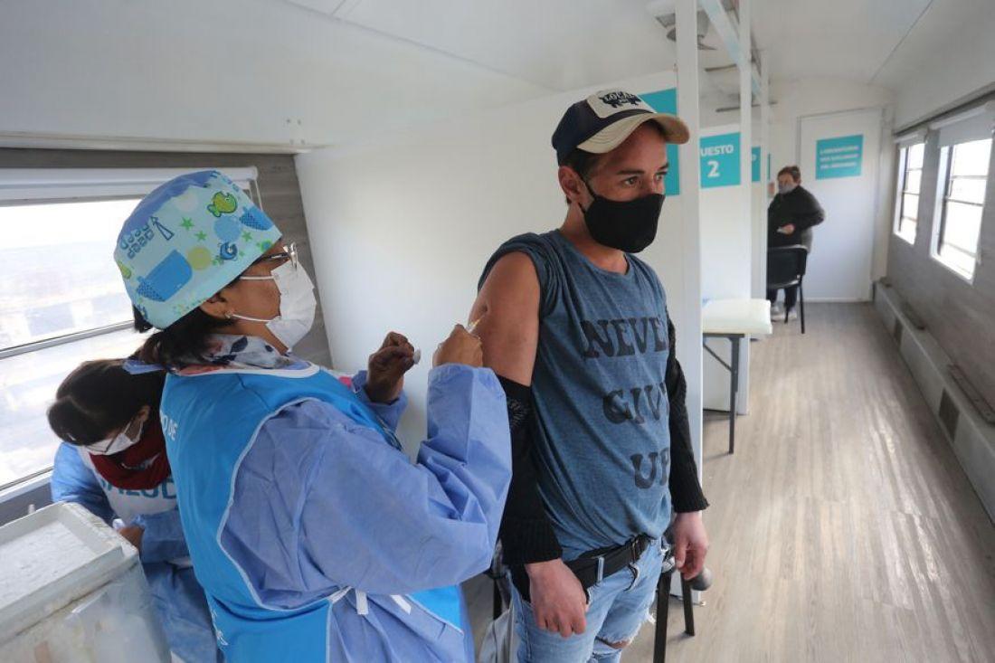 Preocupación por las personas que se niegan a vacunarse contra el coronavirus