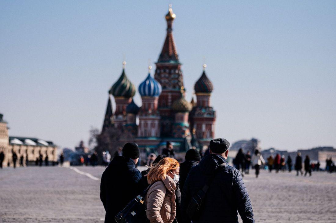 Para incentivar la vacunación contra el COVID-19, Moscú sortea autos