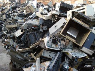 Empresas privadas podrán colaborar para el tratamiento de residuos electrónicos