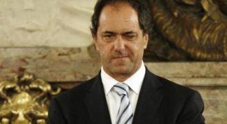 Clarín asegura que Scioli mantiene su ventaja sobre Macri