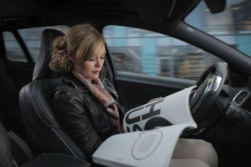 Volvo  se hará responsable si choca uno de sus autos en modo autónomo