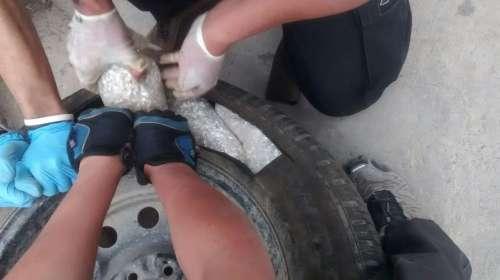 Incautan más de 200 kilos de plata fundida en un neumático