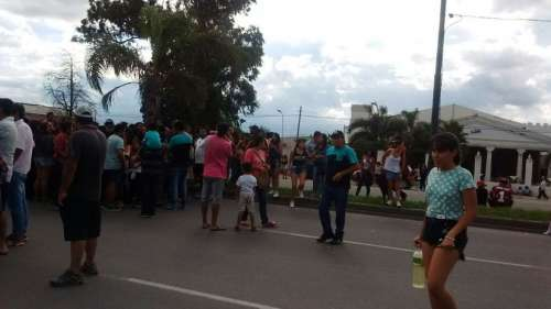 Padres cortan avenida Paraguay
