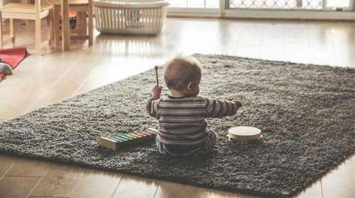 La música ayuda a que los bebés hablen más rápido