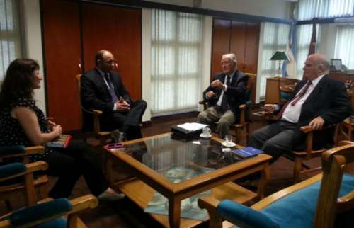 Le presentarán a Macri un documento con el diagnóstico de la educación en el país