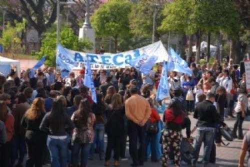 Catamarca: dictan conciliación obligatoria con los gremios docentes