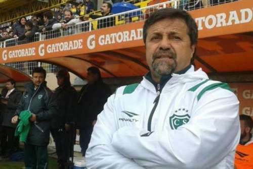 Caruso Lombardi dejó de ser el entrenador de Sarmiento de Junín