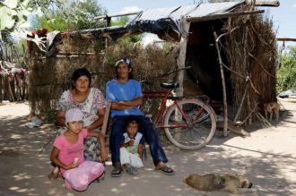 La familia del niño wichi fallecido aseguró que el agua es mala y provoca enfermedades