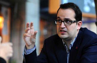 El oficialismo logró dictamen favorable para la postulación de Roberto Carlés