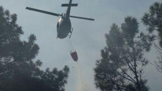 Uruguay refuerza el operativo militar para apagar el incendio en Punta Ballena