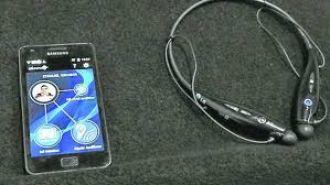 Una aplicación convierte al celular en un audífono para hipoacúsicos