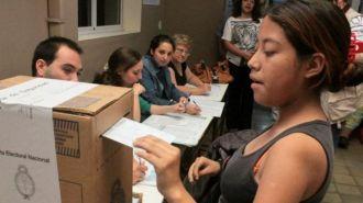 Una cautelar paraliza el voto desde los 16 años en Tucumán
